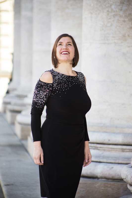 Claudia Römer, Sopranistin, Porträt